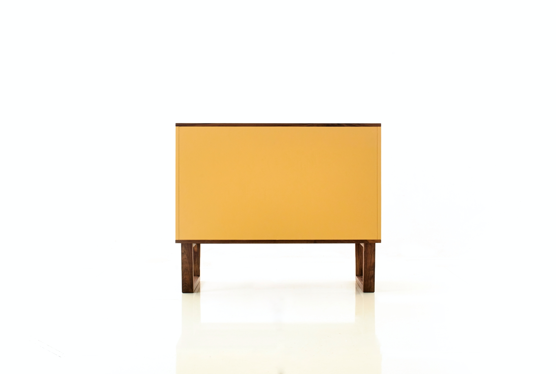 leather_cabinet_24